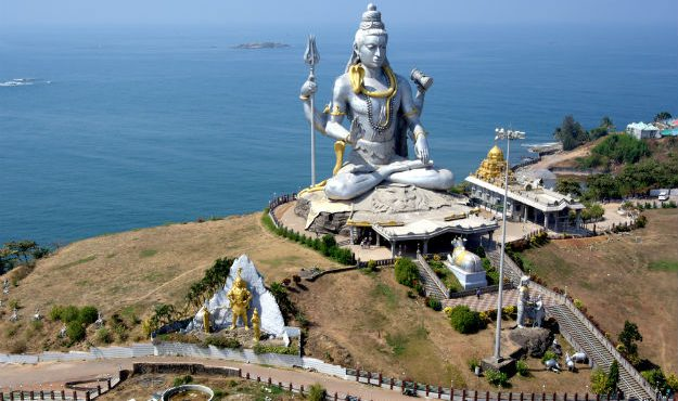 Murudeshwar – The pilgrimity of Lord Shiva